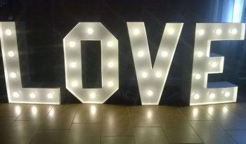 wynajmę napis LOVE 250zł