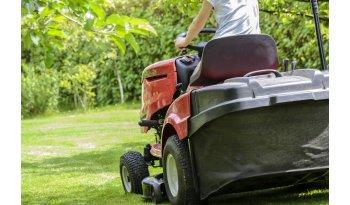 Jak przygotować trawnik na zimę?